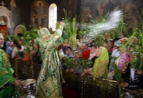 Зелені святки. Традиції свята в Україні