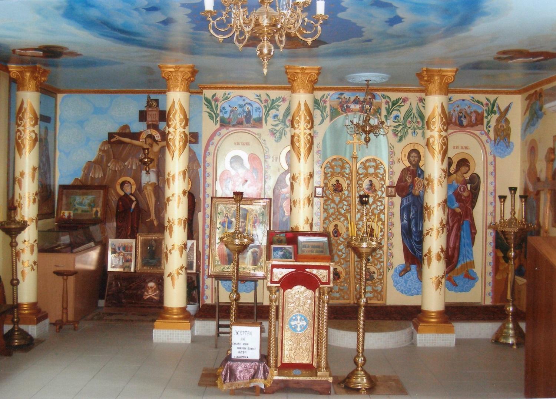 Храм на честь  Покрови Божої Матері (с.Малютянка).